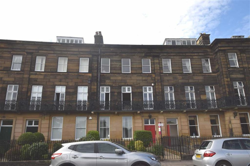 2 Bedrooms Flat for sale in The Crescent, Scarborough, North Yorkshire, YO11