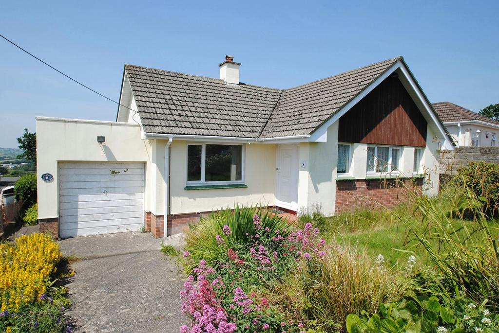 2 Bedrooms Bungalow for sale in West Park, South Molton