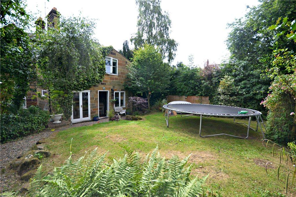 3 Bedrooms Semi Detached House for sale in Newton Road, Great Ayton, North Yorkshire