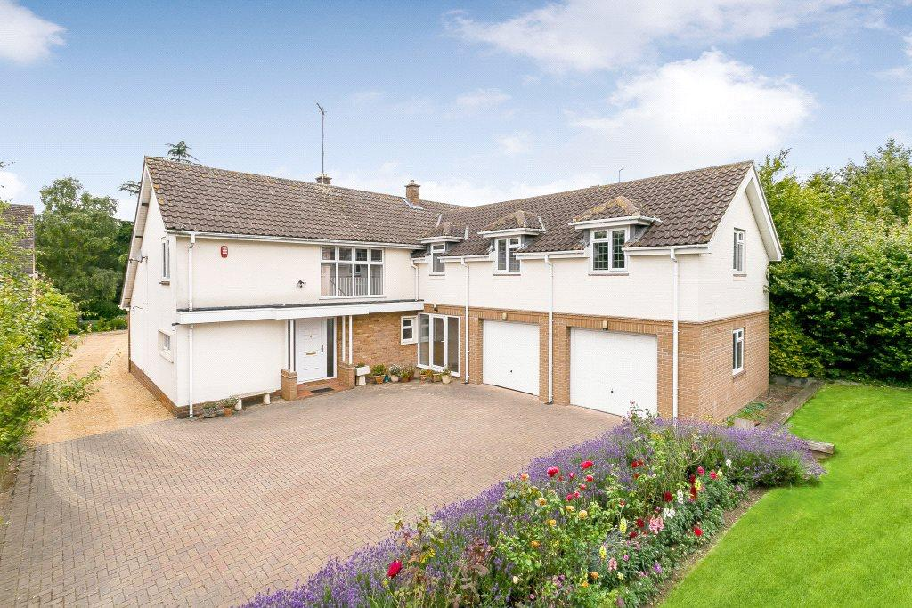 5 Bedrooms Detached House for sale in High Street, Wootton, Northampton, Northamptonshire, NN4