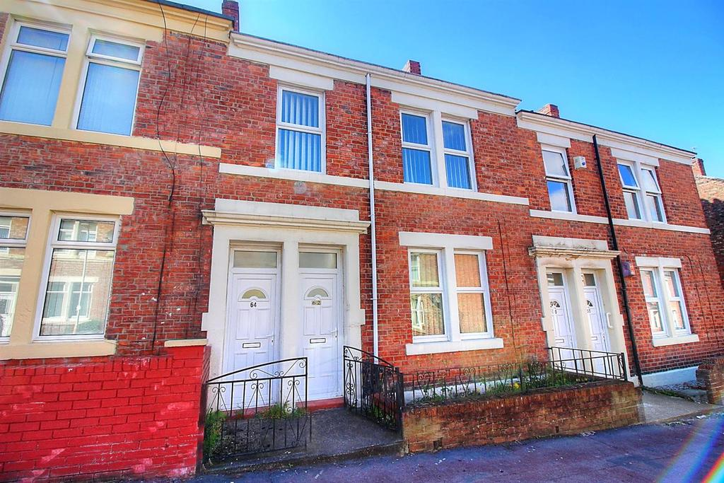 2 Bedrooms Flat for sale in Raby Street, Gateshead