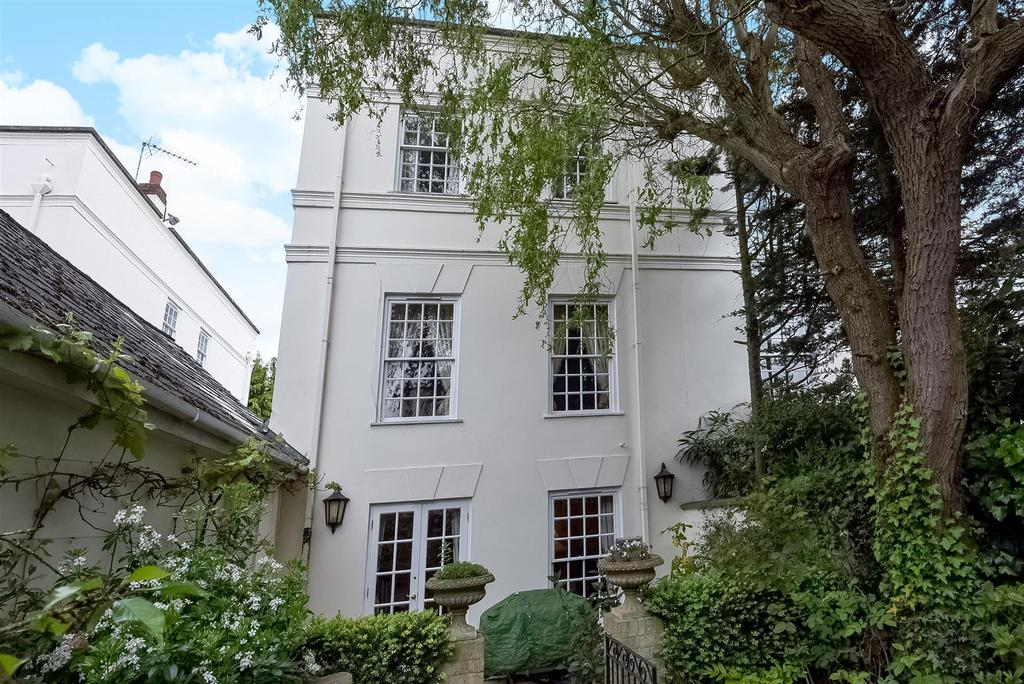 4 Bedrooms House for sale in Beaufort Close, Putney