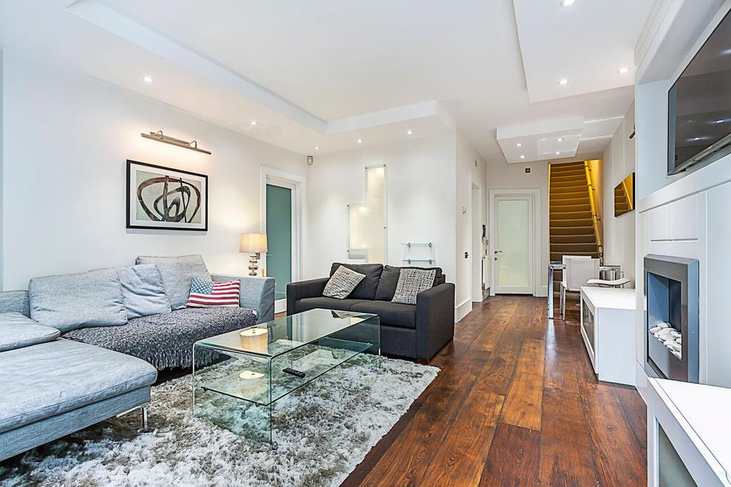 1 Bedroom Flat for sale in Palace Gate, London. W8