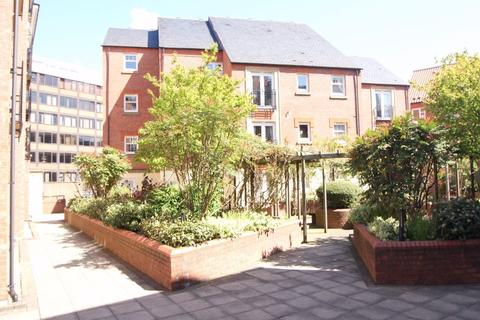 2 bedroom flat to rent - Strand House, Dixon Lane, Piccadilly, York