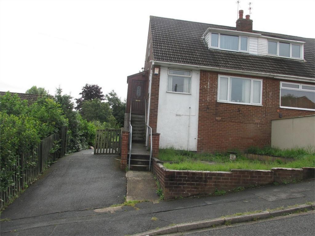 2 Bedrooms Semi Detached House for sale in Elizabeth Street, Wyke, BRADFORD, West Yorkshire