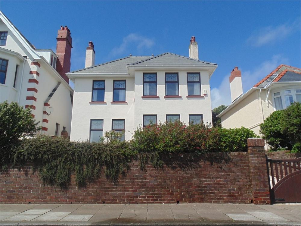 3 Bedrooms Detached House for sale in The Rath, MILFORD HAVEN, Pembrokeshire