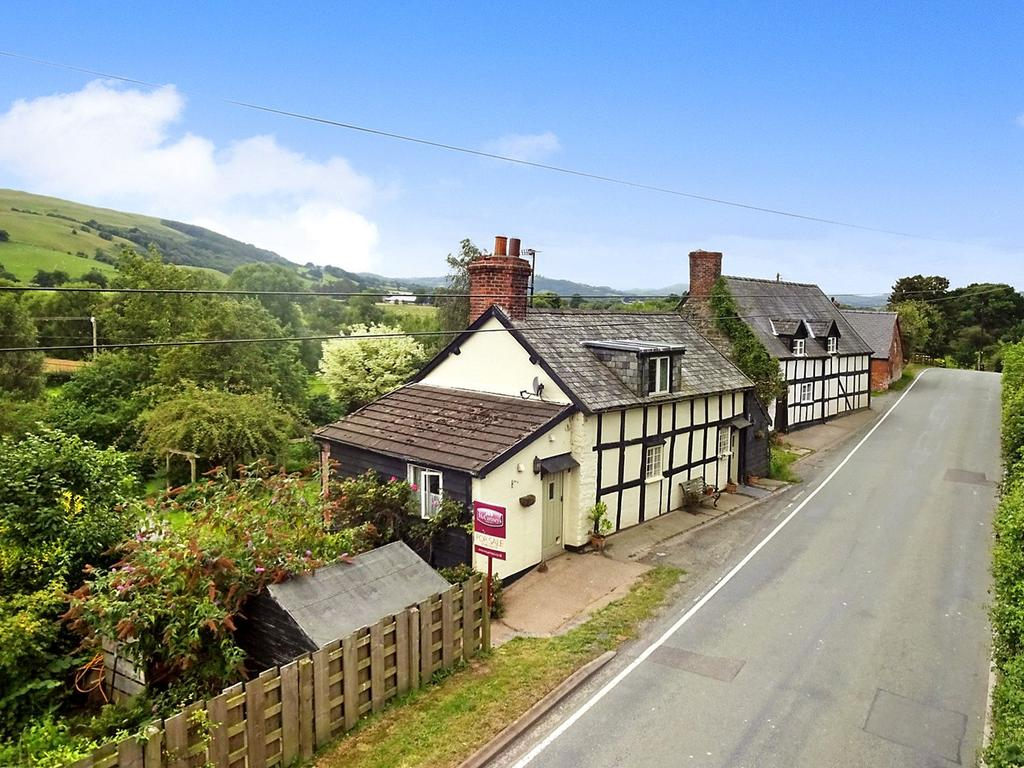 3 Bedrooms Detached House for sale in Pentre Cottages, Aberhafesp, Newtown, Powys