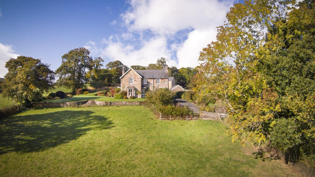 5 Bedrooms Manor House Character Property for sale in Spreyton, Crediton