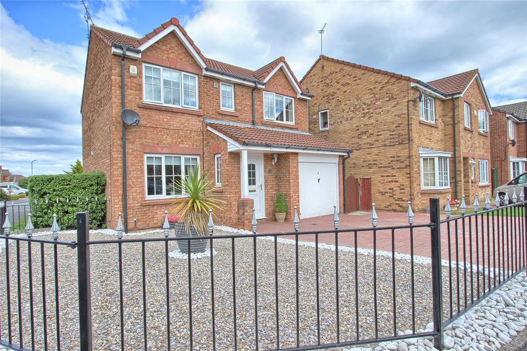 4 Bedrooms Detached House for sale in Dulas Close, Redcar