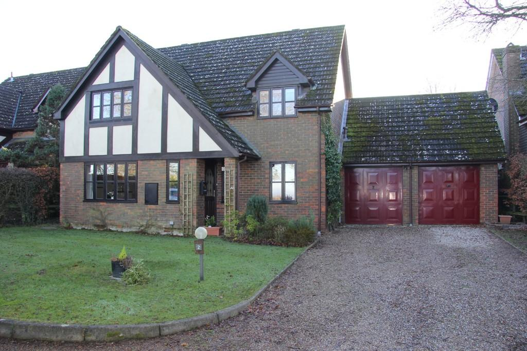 4 Bedrooms Detached House for sale in Vicarage Lane, Burwash Common