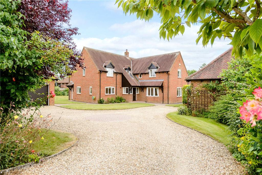 5 Bedrooms Detached House for sale in St. Katherines, Winterbourne Bassett, Swindon, Wiltshire, SN4