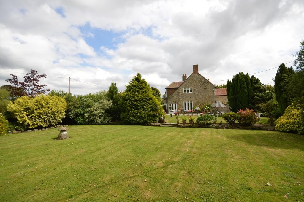 5 Bedrooms Cottage House for sale in Bowcombe Farm Lane, Newport