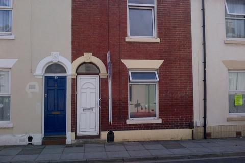 4 bedroom terraced house to rent - Lawson Road, Southsea PO5