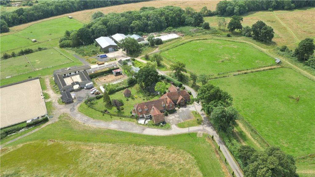 10 Bedrooms Farm House Character Property for sale in Hartley Road, Cranbrook, Kent, TN17