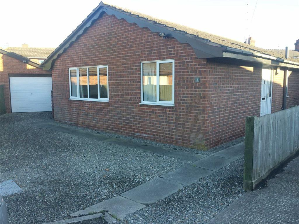 2 Bedrooms Detached Bungalow for sale in The Smithy, Rossett, Wrexham