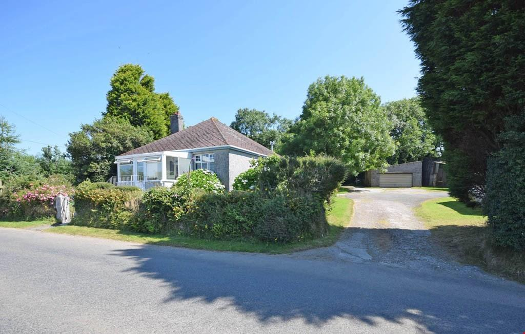 4 Bedrooms Detached Bungalow for sale in Dowgas, Coombe, St Austell, Cornwall, PL26