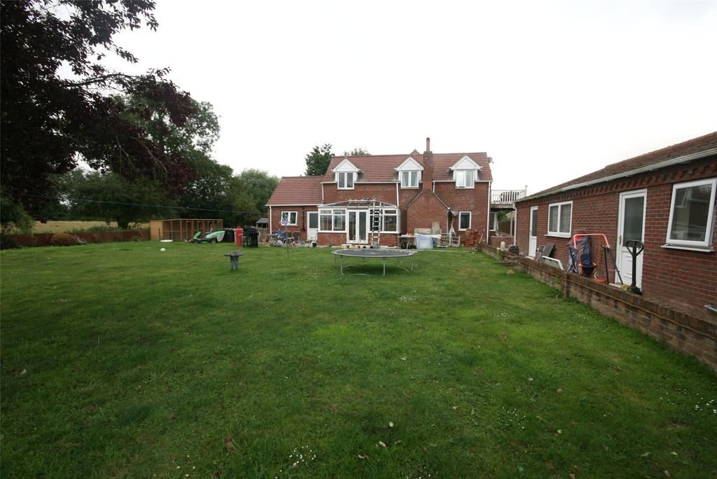 4 Bedrooms Detached House for sale in Station Road, Little Steeping, PE23