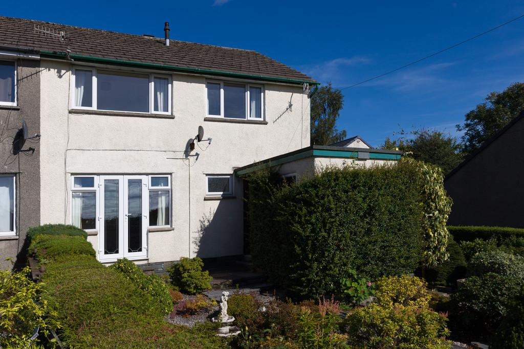 4 Bedrooms Semi Detached House for sale in 14 Ghyll Close, Windermere, Cumbria, LA23 2LN