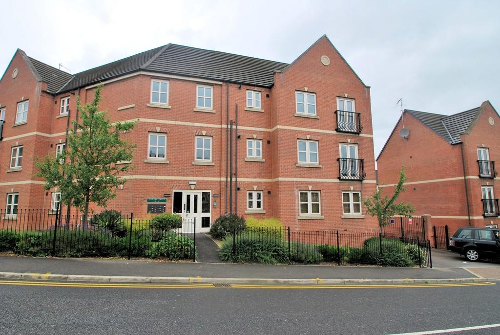 2 Bedrooms Apartment Flat for sale in 34 Mayflower Way, Wombell S73