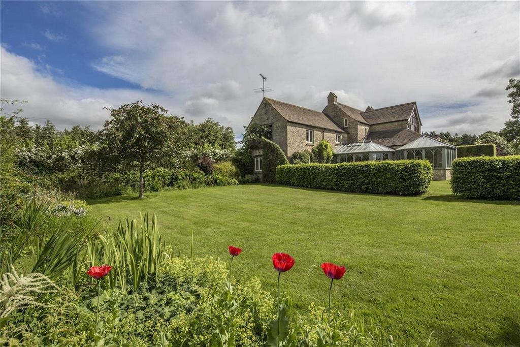 5 Bedrooms Detached House for sale in Meysey Hampton, Cirencester, Gloucestershire, GL7