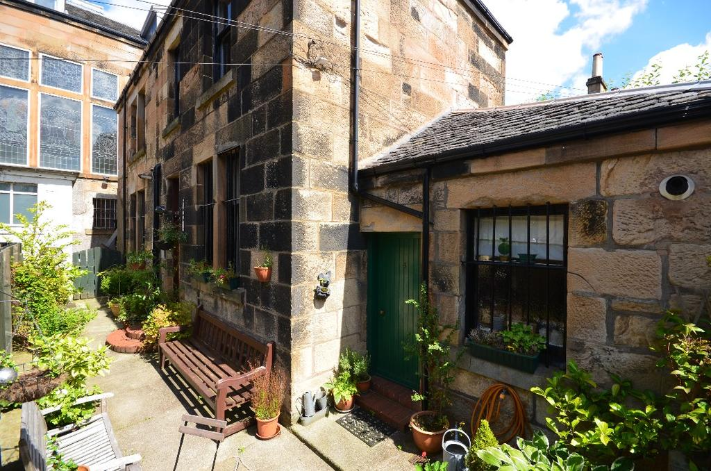 3 Bedrooms Mews House for sale in Devonshire Gardens Lane, Hyndland, Glasgow, G12 9XH