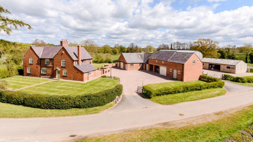 5 Bedrooms Equestrian Facility Character Property for sale in Wirswall Road, Marbury