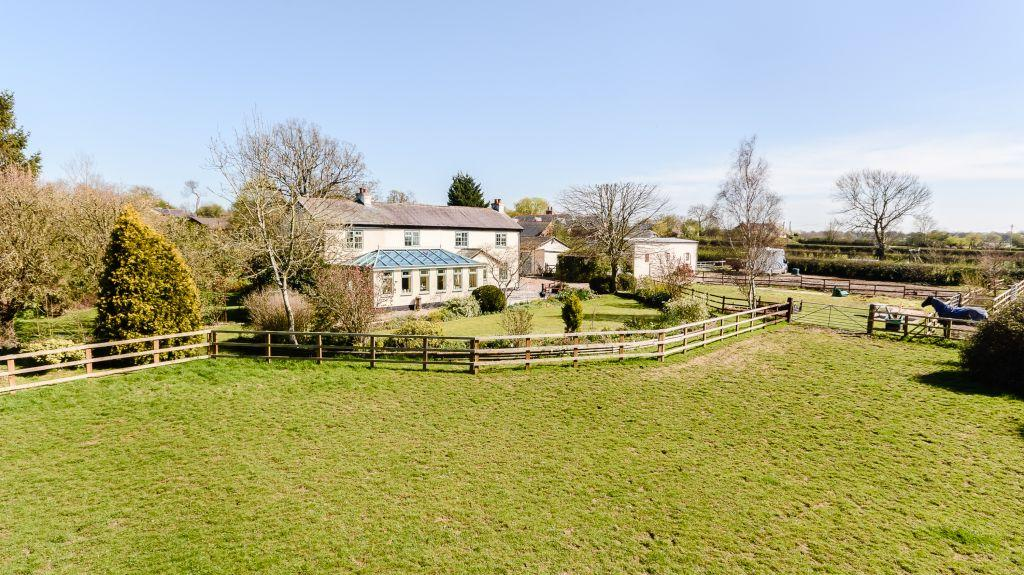 4 Bedrooms Equestrian Facility Character Property for sale in Greaves Lane, Malpas