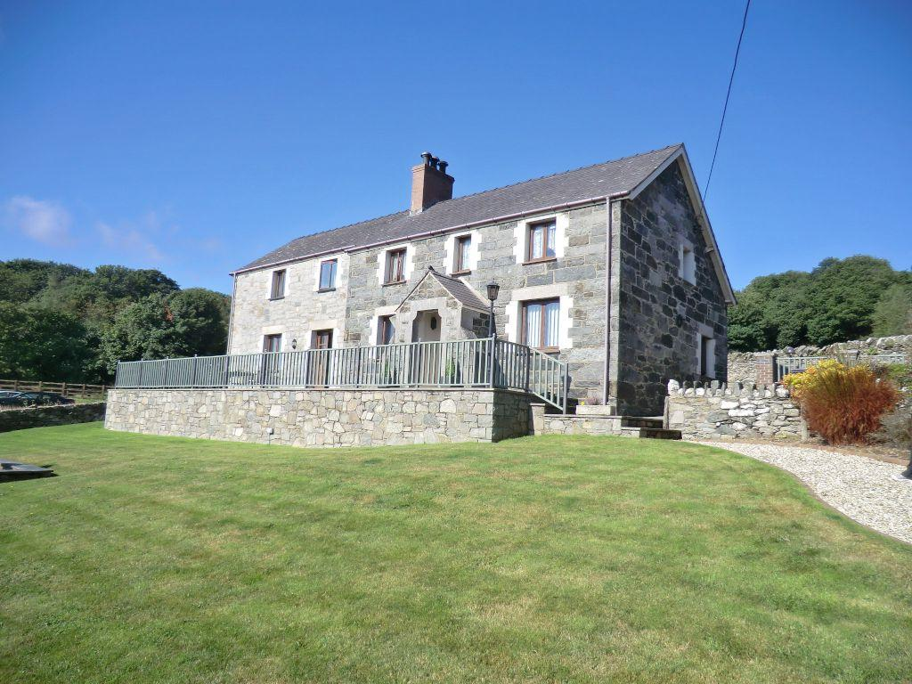 5 Bedrooms Farm House Character Property for sale in Llechen Uchaf, Conwy