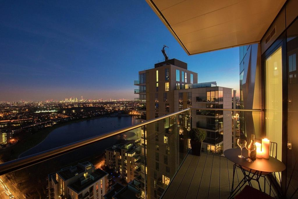 3 Bedrooms Flat for sale in Woodberry Down, Finsbury Park, London
