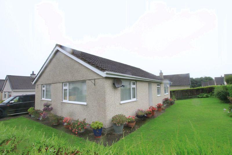3 Bedrooms Detached Bungalow for sale in Y Wern, Llanfairpwll