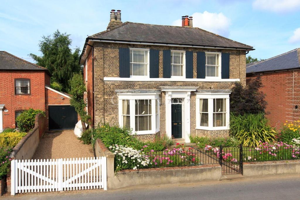 4 Bedrooms Detached House for sale in Rowhedge