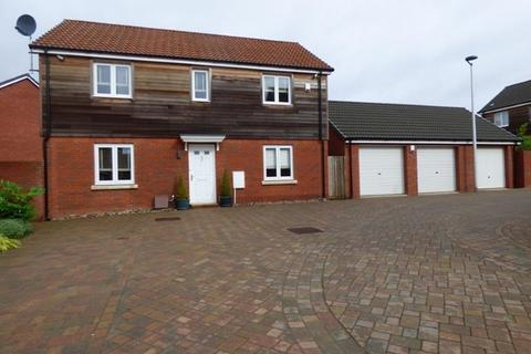 4 bedroom detached house to rent - Twixt Topsham & Exeter - Beautifully presented, modern 4 bedroom detached family home.