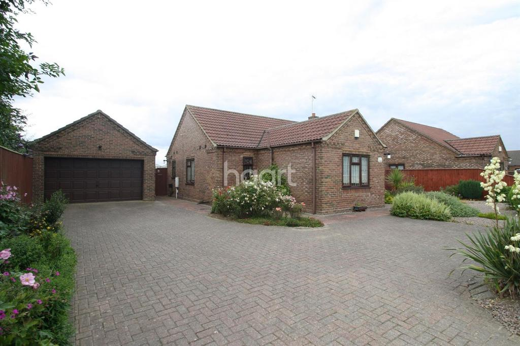 3 Bedrooms Bungalow for sale in Lutton Bank , Lutton