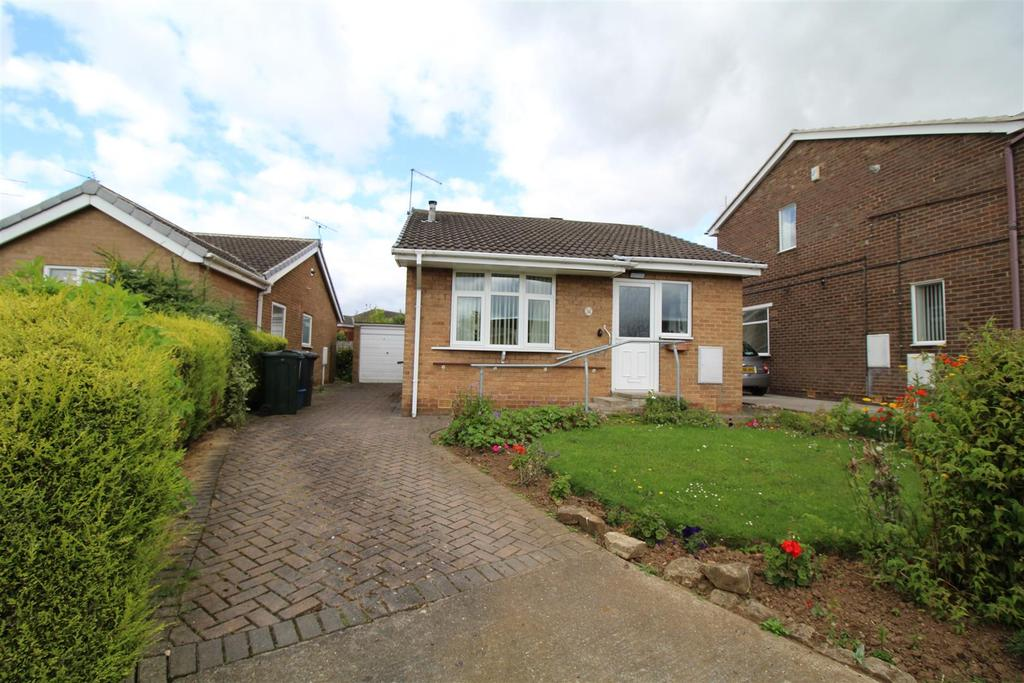 2 Bedrooms Detached Bungalow for sale in Redland Way, Maltby, Rotherham