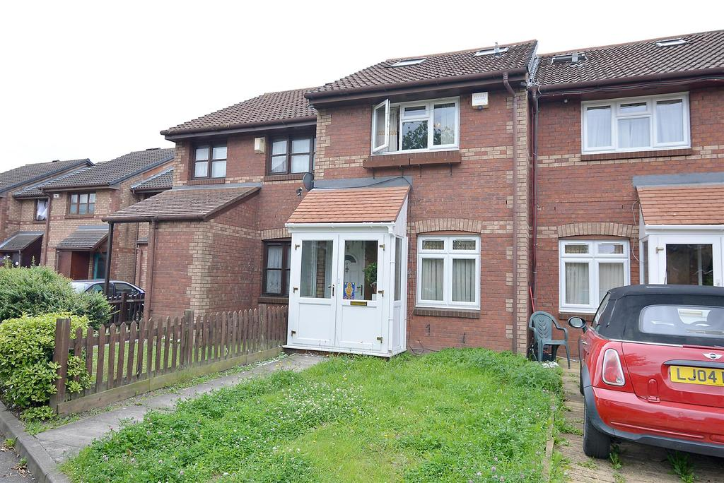 3 Bedrooms Terraced House for sale in Lowry Crescent, Mitcham, CR4