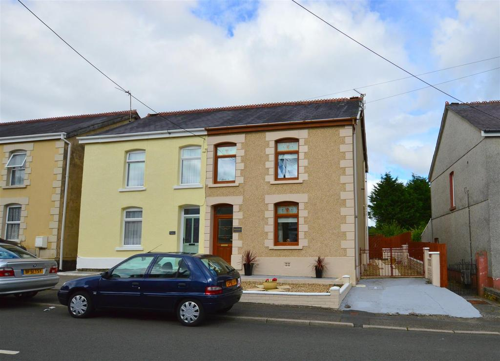3 Bedrooms Semi Detached House for sale in Tirycoed Road, Glanamman