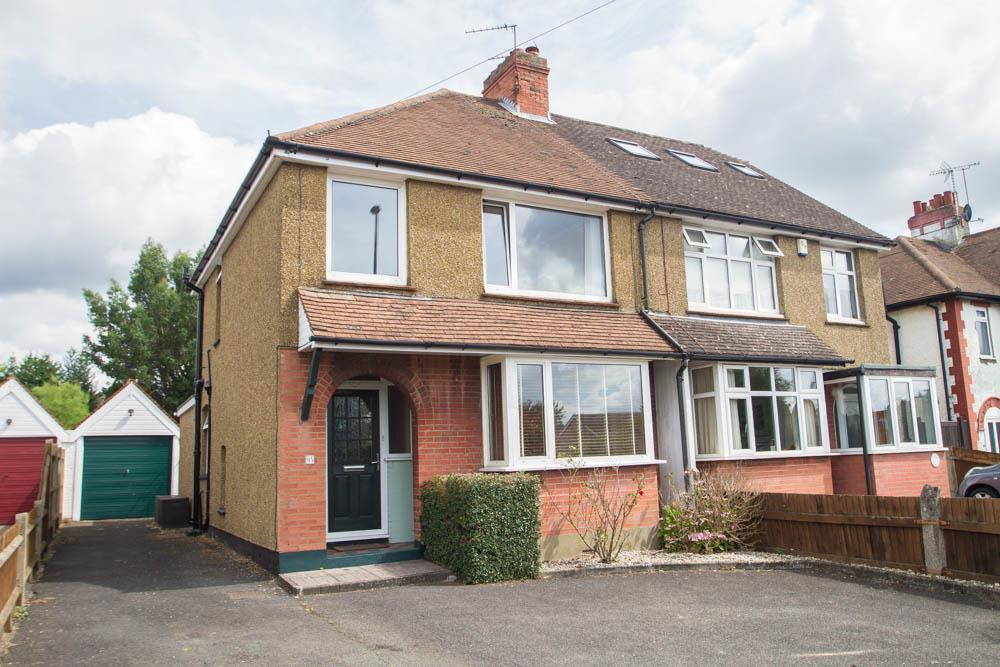 3 Bedrooms Semi Detached House for sale in Ashford Road, Bearsted
