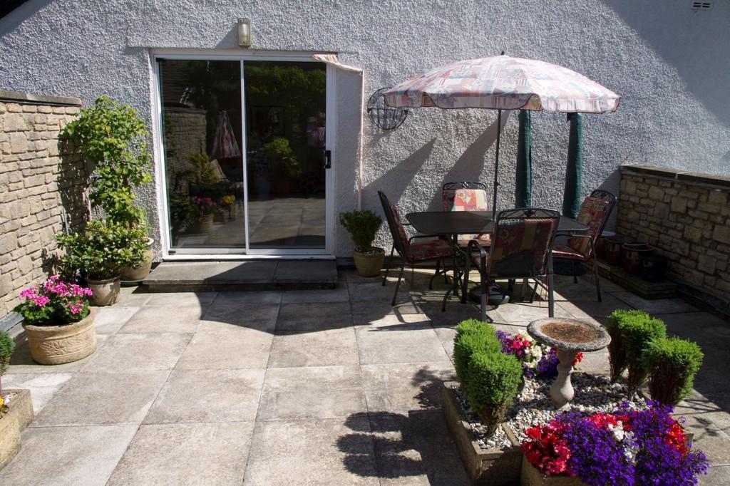 2 Bedrooms Apartment Flat for sale in 7 Kents Bank House, Kentsford Road, Grange-Over-Sands, Grange-Over-Sands,Cumbria, LA11 7BB