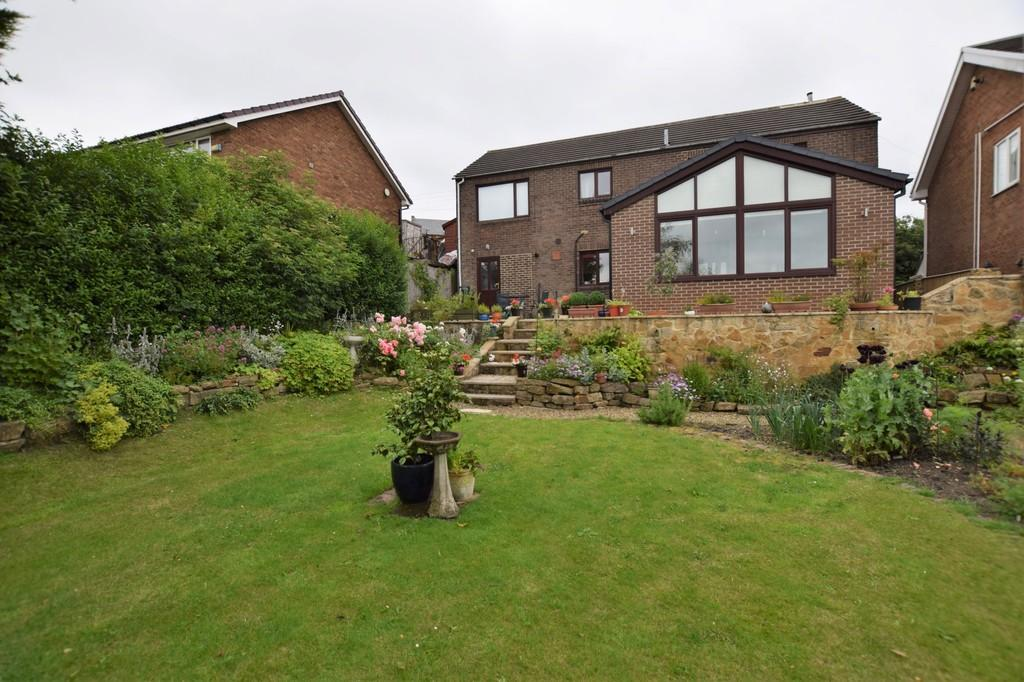 4 Bedrooms Detached House for sale in Flint Hill Bank, Dipton