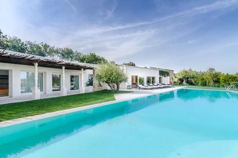 7 bedroom villa  - Porto Cervo, Sardinia