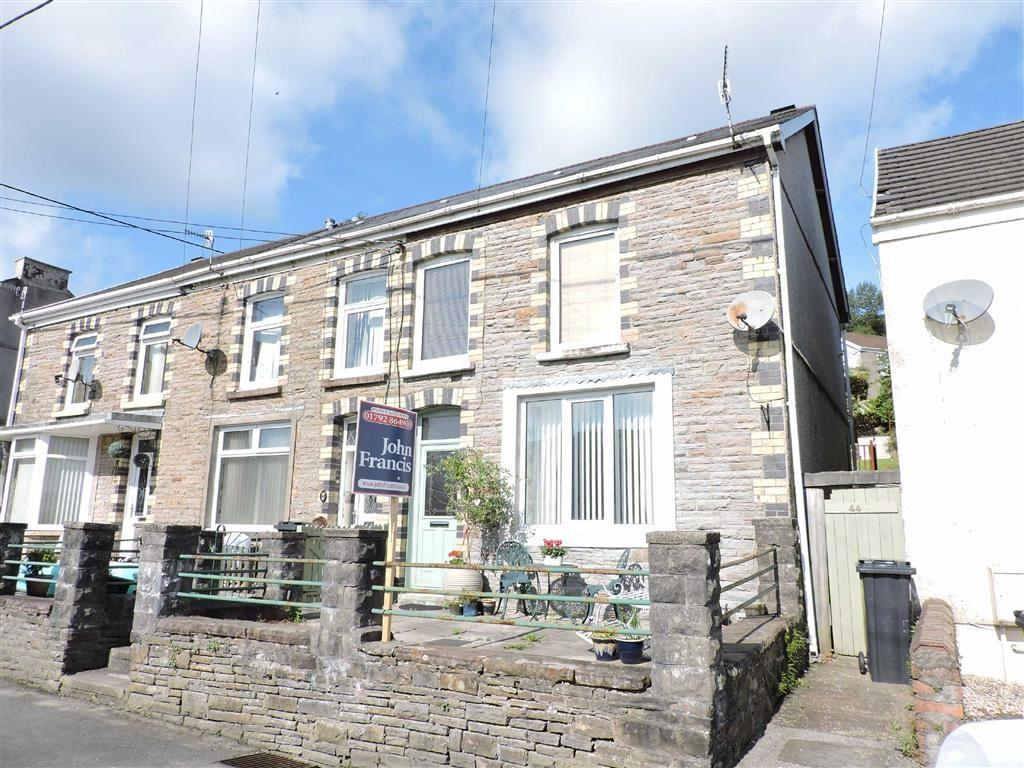 3 Bedrooms Semi Detached House for sale in Gough Road, Ystalyfera