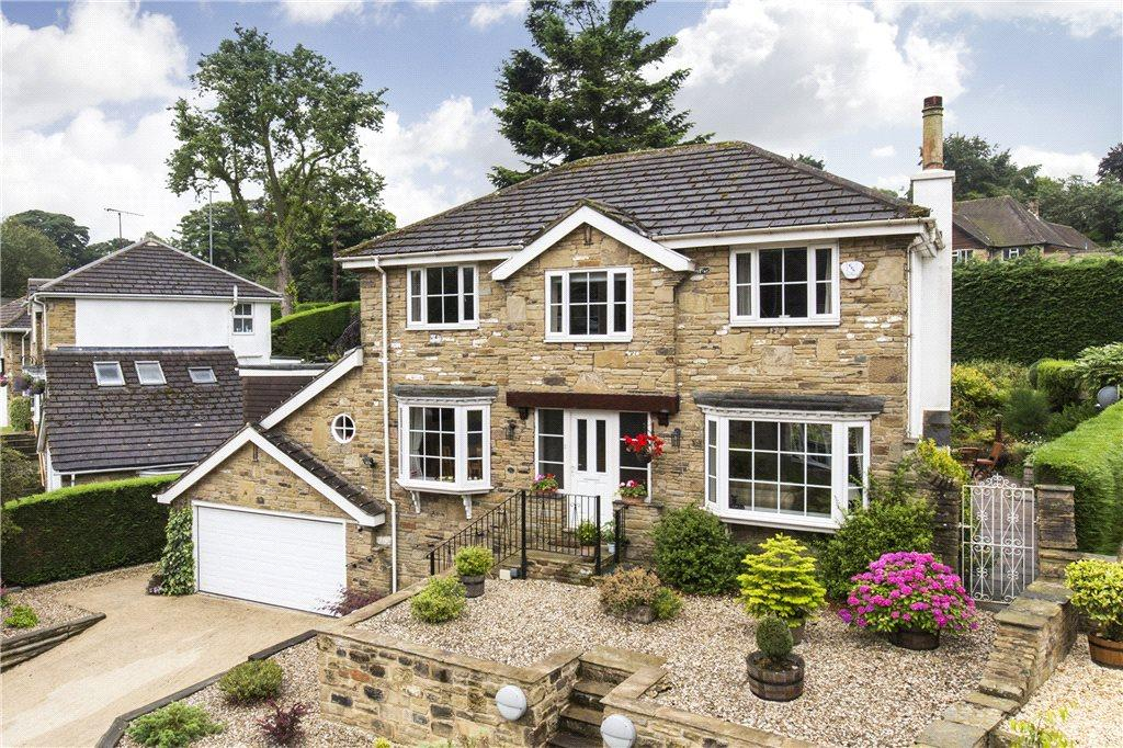 5 Bedrooms Detached House for sale in Hall Rise Close, Bramhope, Leeds, West Yorkshire