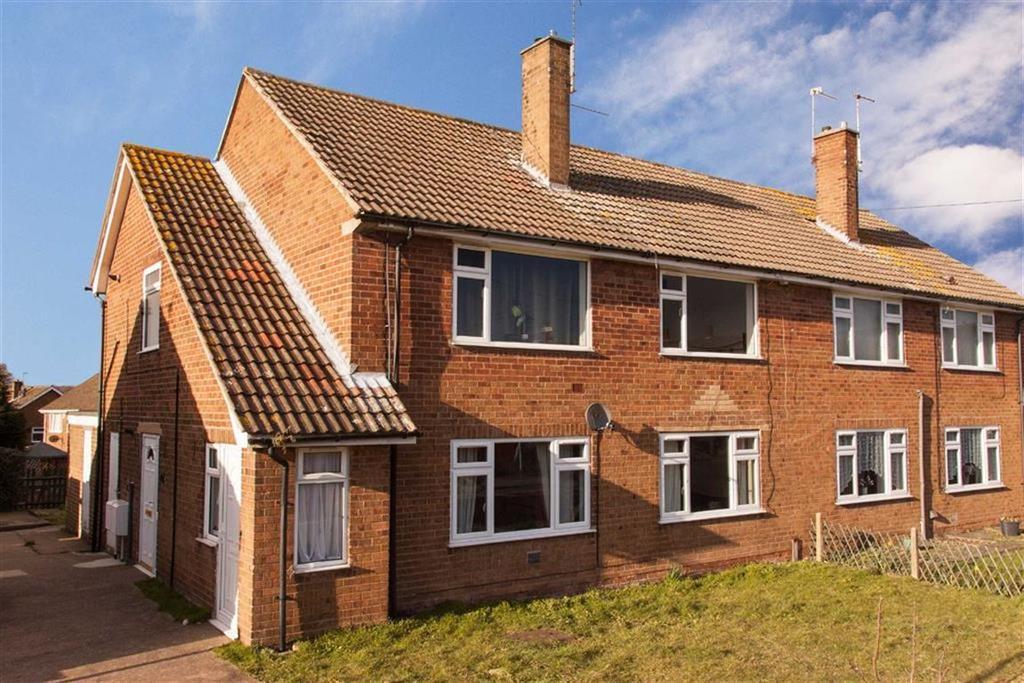 3 Bedrooms Maisonette Flat for sale in Henton Road, Edwinstowe