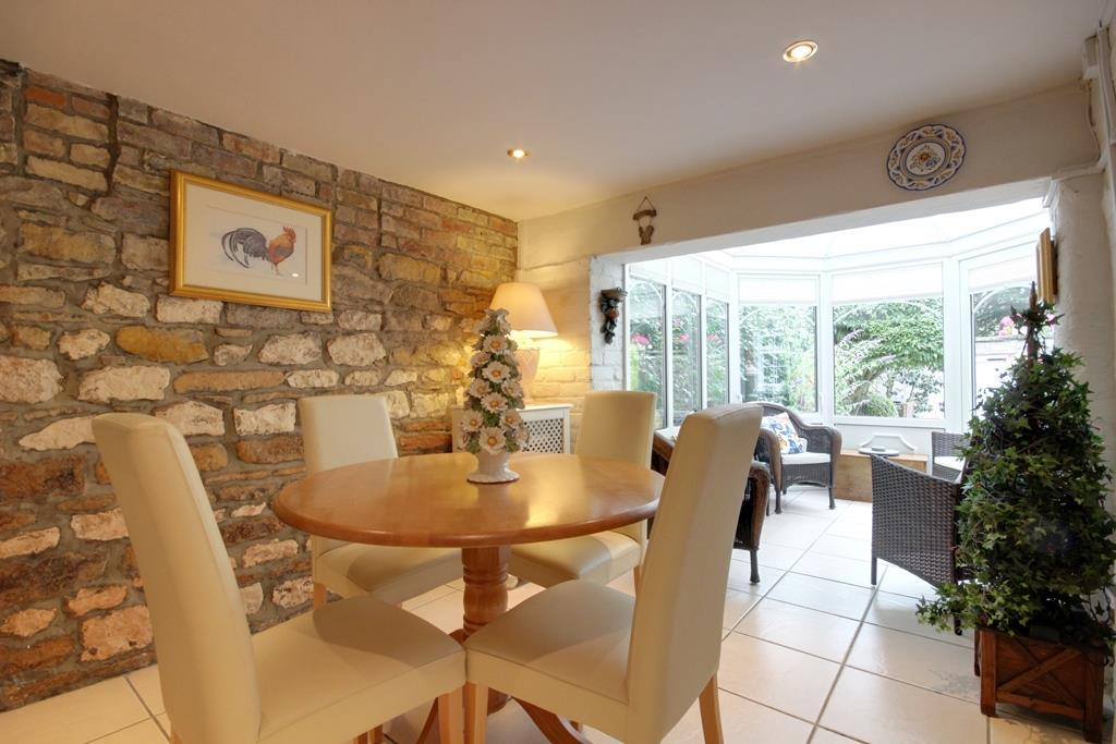 4 Bedrooms Detached House for sale in Brookside, Welton