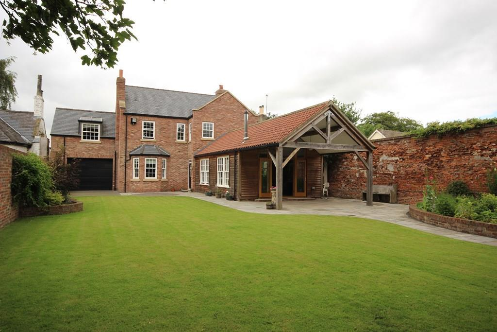 4 Bedrooms Detached House for sale in Cowgate, Welton