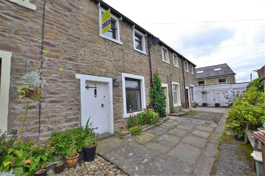 2 Bedrooms Cottage House for sale in John Street, Barnoldswick, Lancashire