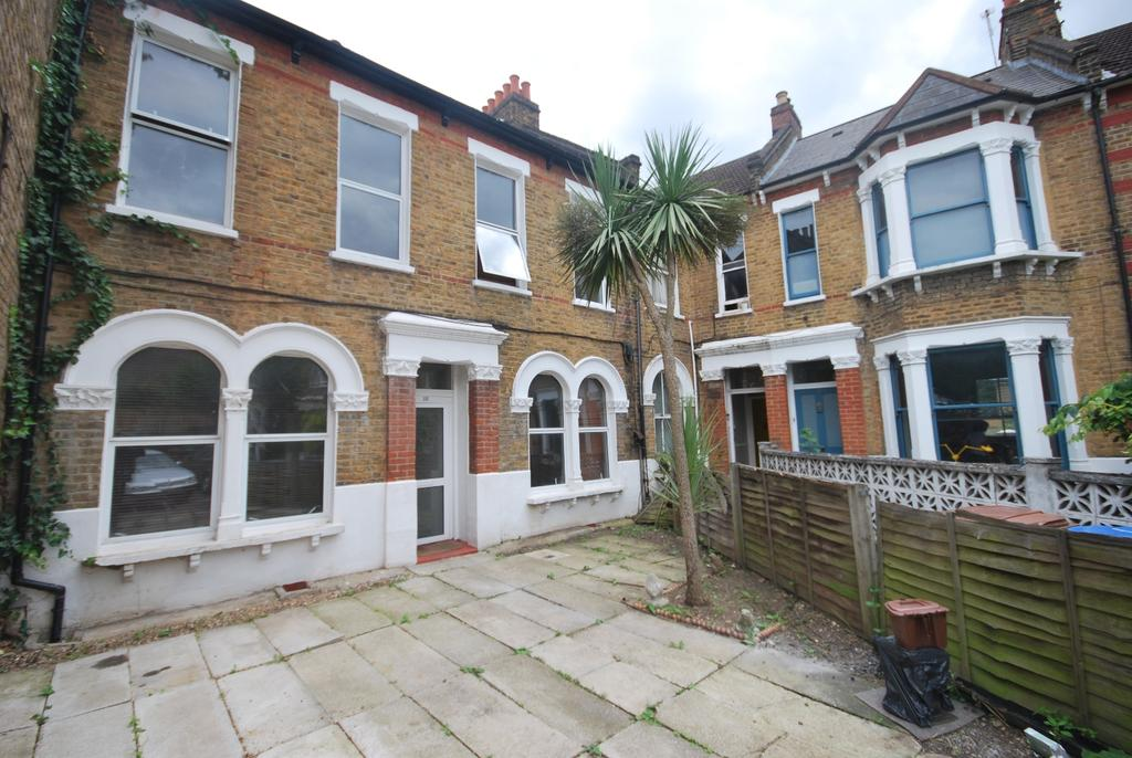 5 Bedrooms Terraced House for sale in Ivanhoe Road London SE5