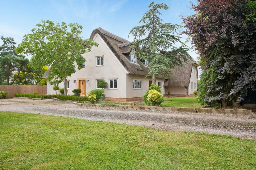 5 Bedrooms Detached House for sale in Green Lane, Ringmer, Nr. Lewes, East Sussex