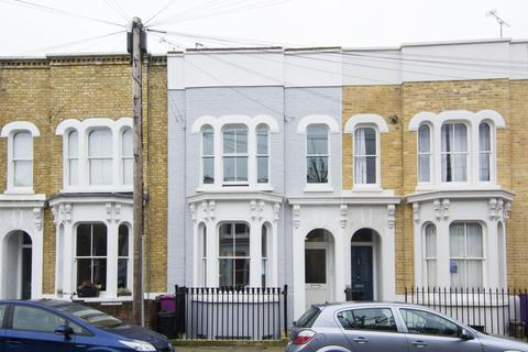 2 bedroom flat to rent - Antill Road, Bow, London, E3
