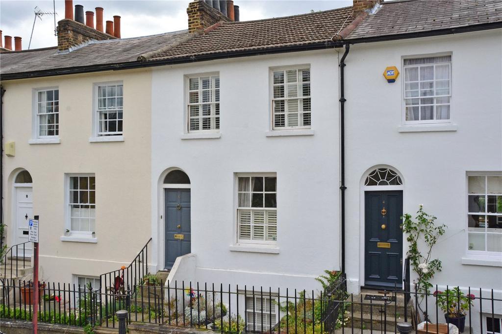 3 Bedrooms Terraced House for sale in King George Street, Greenwich, London, SE10